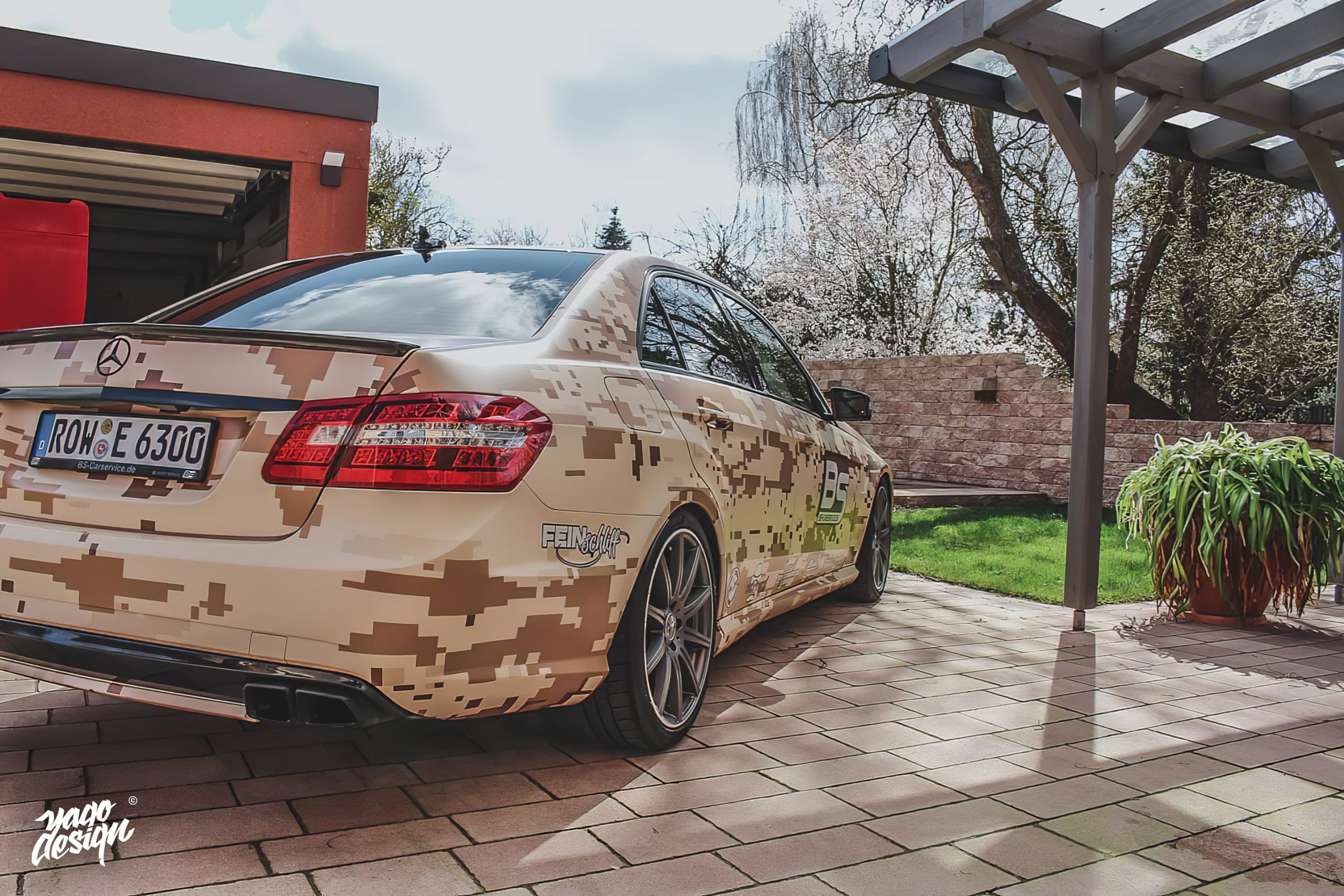 Mercedes-Benz-E63-AMG-PixelCamo-by-Yagodesign-scaled